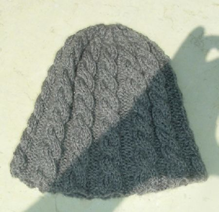 graycablehat.jpg